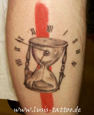 Sanduhr gezeichnet tattoo  Tattoo-Fotogalerie 4 Thema Figuren und kuriose Motive